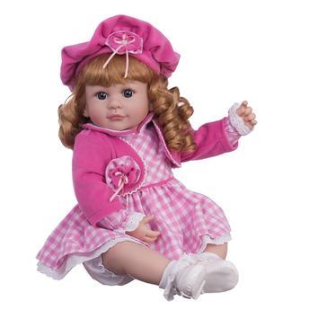 Boneca Laura Doll - Sweet Chanelle Mundo Adora