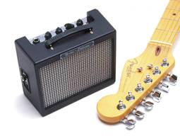 Caixa Acústica Fender Cubo 1 W Rms Md20