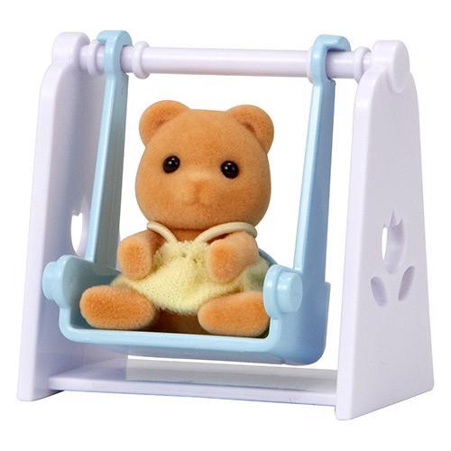 Boneco Sylvanian Families Bebê Urso Com Balanço Com Acessório Epoch Magia