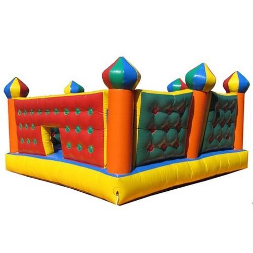 Cama Elástica Mundi Toys Inflável Castelo 4,5m X 4,5m - Colorido