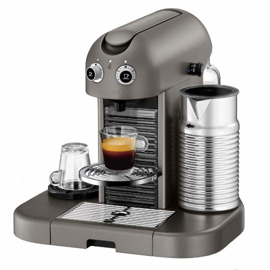 Cafeteira Expresso Nespresso Gran Maestria Titanium 110v - C520