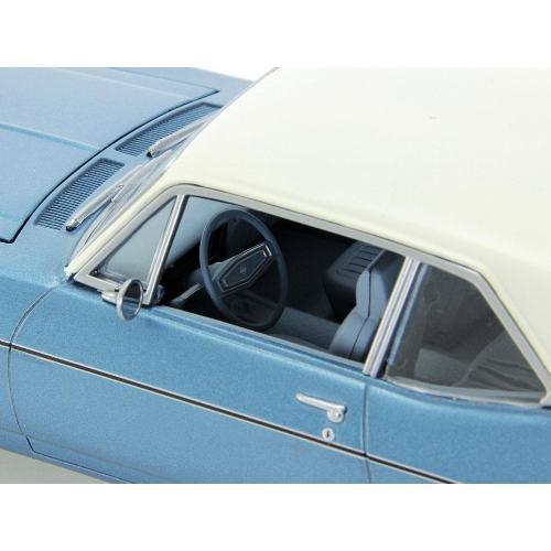 Carrinho Chevrolet Nova 1970 Beverly Hills 1:18 Gmp