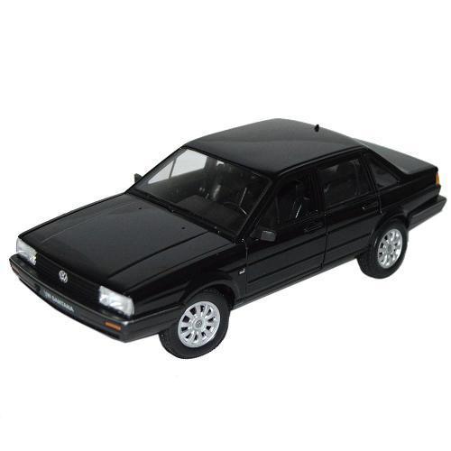 Miniatura Volkswagen Santana 1:24 Dmc3942 Welly