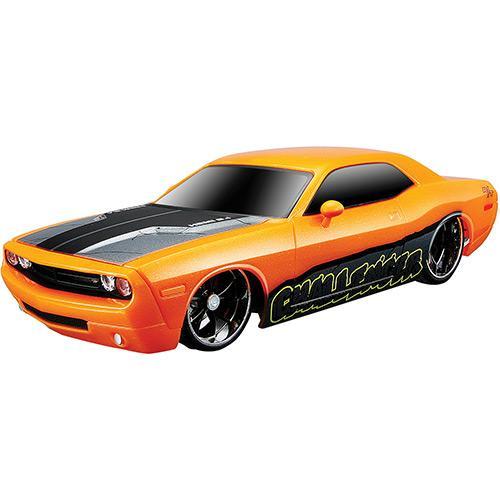 Carrinho Dodge Challenger Concept Motosounds 1:24 81226 Maisto