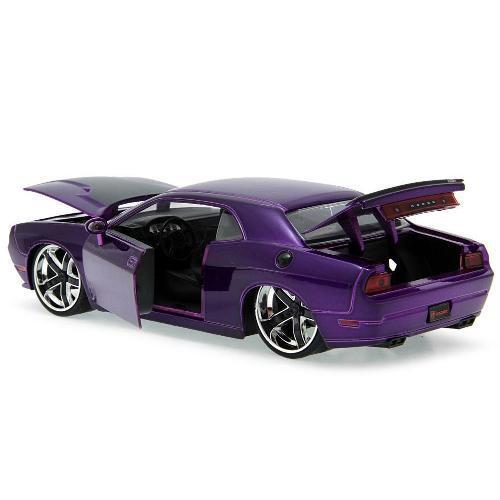 Carrinho Dodge Challenger 2008 1:24 Jada Toys