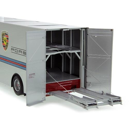 Caminhão Mercedes Benz - Martini Racing Transporter 1:18 Schuco