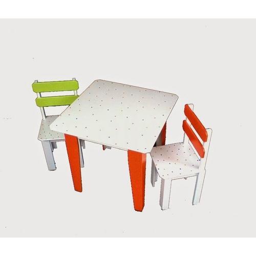 Mesa Infaltil de Atividades Com 2 Cadeiras Colorida de Bolinha Filomena-mena-mena